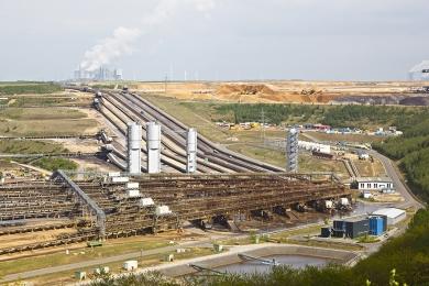 Puxada pelos alimentos, produção industrial avançou 1,4% frente a abril